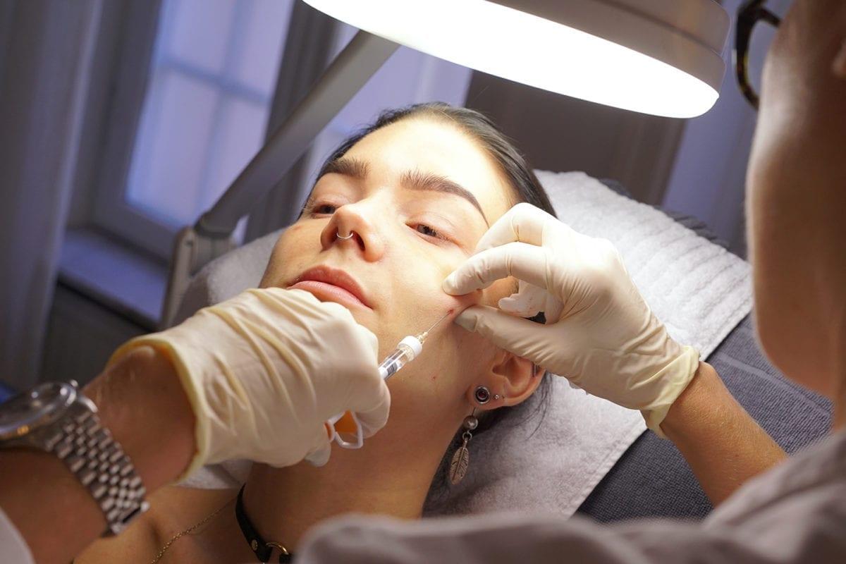 Skinboosterbehandling på Linda Halberg