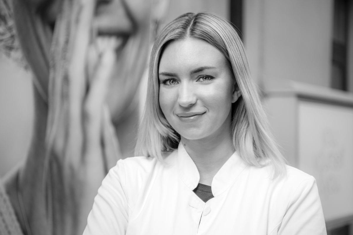 Fanny Linge Auktoriserad Hudterapeut Akademiklinken Skin Center Uppsala