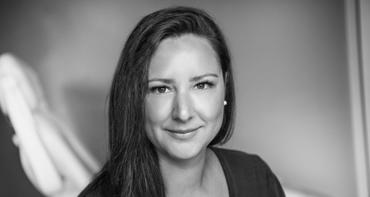 Viktoria Bucalic jobbar på kundtjänt Stockholm