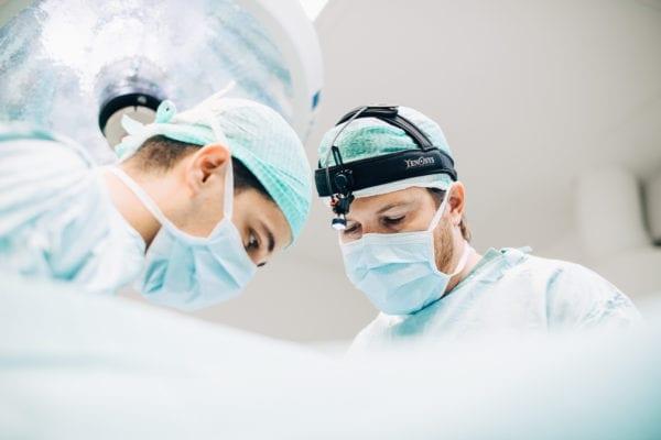 Kirurger på Akademikliniken